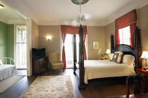 bea-guestroom