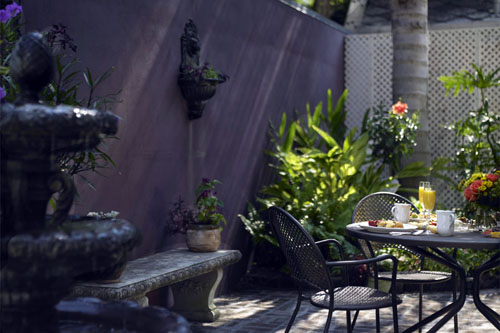 The courtyard at Maison Perrier Bed & Breakfast of New Orleans