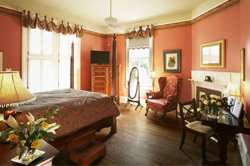 The Jasmine guestroom at Maison Perrier Bed & Breakfast in New Orleans